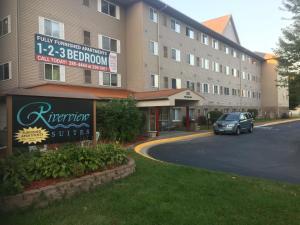 Riverview Suites Apartments