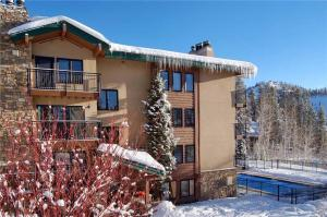 *REDUCED RATES* Heated Pool & Hot Tub ~ Great Location for Winter Activities! On-call Winter Shuttle - Steamboat