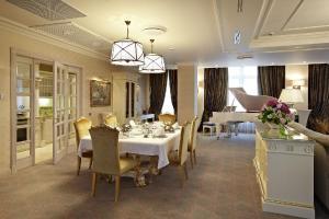 Radisson Royal Hotel (30 of 59)