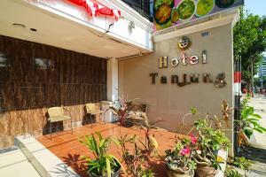 Hotel Tanjung, Hotely  Surabaya - big - 44