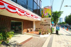 Hotel Tanjung, Hotely  Surabaya - big - 43