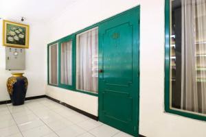 Hotel Tanjung, Hotely  Surabaya - big - 36