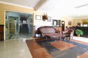 Hotel Tanjung, Hotely  Surabaya - big - 47