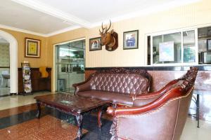 Hotel Tanjung, Hotely  Surabaya - big - 31
