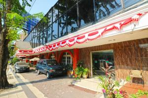 Hotel Tanjung, Hotely  Surabaya - big - 34