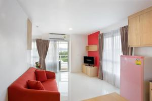Deluxe Room C-House & Residence Hotel Amata City
