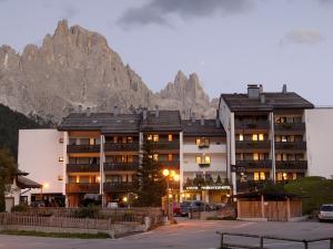 Residence Lastei - Hotel - San Martino di Castrozza