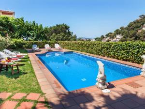 Villa Adelaida, Vily  Lloret de Mar - big - 1