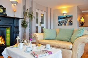 Dingle Harbour Lodge B&B, Bed and Breakfasts  Dingle - big - 24