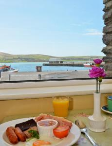 The Quayside B&B, Bed & Breakfasts  Dingle - big - 16