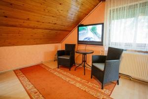 Visegrád Vendégház-Apartman, Apartments  Visegrád - big - 37