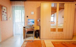 Visegrád Vendégház-Apartman, Apartments  Visegrád - big - 35
