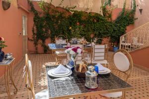 Villa Riad les Deux Golfs, Guest houses  Marrakech - big - 40