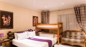 Ekuthuleni Guest House - Soweto, Penzióny  Johannesburg - big - 17