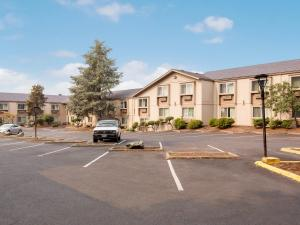 Red Lion Inn & Suites Grants Pass, Hotel  Grants Pass - big - 31