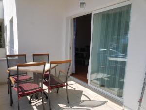 Apartment Kuciste - Perna 4545c