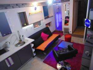 24h New Mini Apartament Gdynia with code parking