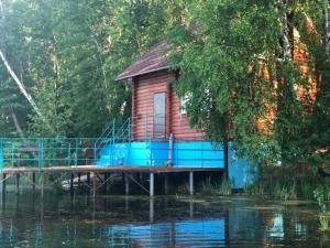 """Дома с баней на воде """"СКАЗКА"""" - Staraya Binaradka"""