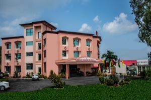 Auberges de jeunesse - Hotel Grand Riviera