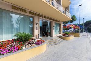 Hotel Bellevue Et Mediterranée, Отели  Диано-Марина - big - 32