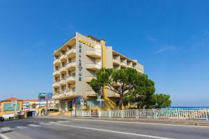 Hotel Bellevue Et Mediterranée, Отели  Диано-Марина - big - 33