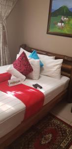 Ekuthuleni Guest House - Soweto, Penzióny  Johannesburg - big - 2