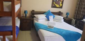 Ekuthuleni Guest House - Soweto, Penzióny  Johannesburg - big - 27
