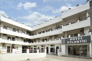 Auberges de jeunesse - Hotel Atlantic