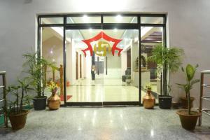 . Hotel Laxmi Rupandehi