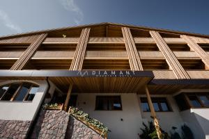 Ski and Snowboard Holidays