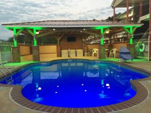 Star Plus Inn & Suites