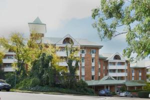 Waldorf Pennant Hills Apartment Hotel