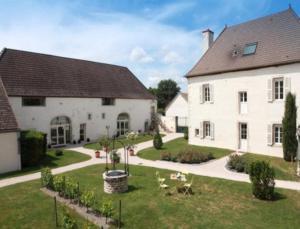 Hotel l'Orée Des Vignes - Saint-Bernard