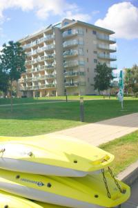 Tóparti Wellness Apartman Delux, Apartmány  Velence - big - 12