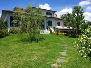 Central House - Relax in Versilia - AbcAlberghi.com