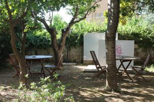 Purple, Bed and breakfasts  Sant'Agnello - big - 16