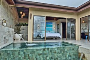 Golden Pineapple Villas-Adults Only, Uvita