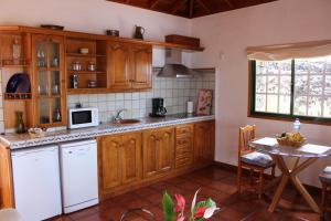 Casa La Majada, Ferienhöfe  Los Llanos de Aridane - big - 2