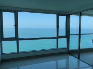 Apartamento frente al mar. Cartagena el Laguito
