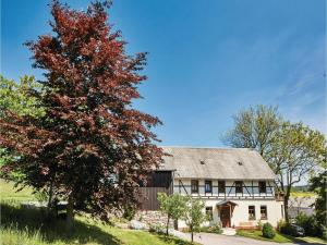 Two-Bedroom Apartment in Zeulenroda-Triebes - Langenbach