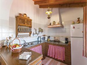 Holiday home Cuesta Robano, Nyaralók  Sayalonga - big - 18