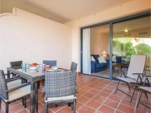 Two-Bedroom Apartment in Calahonda, Mijas Costa, Апартаменты  Ситио-де-Калаонда - big - 22