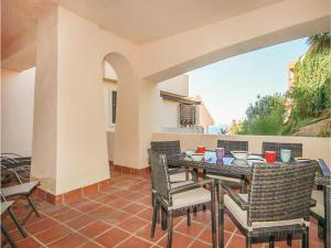 Two-Bedroom Apartment in Calahonda, Mijas Costa, Apartments  Sitio de Calahonda - big - 15