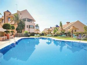 Two-Bedroom Apartment in Calahonda, Mijas Costa, Apartmány  Sitio de Calahonda - big - 1