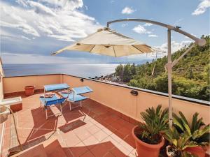 Apartment Varazze 68 with Outdoor Swimmingpool - AbcAlberghi.com