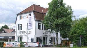Monis Jagerhaus