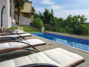 Five-Bedroom Holiday Home in Dobrinj