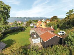 Three-Bedroom Holiday Home in Broager - Westerholz