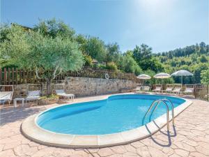 Seven-Bedroom Holiday Home in Valfabbrica (PG) - Piccione