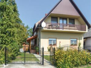 obrázek - Two-Bedroom Apartment in Balatonfenyves